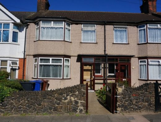 Three Bedroom House For Sale In Grange Road Grays RM17